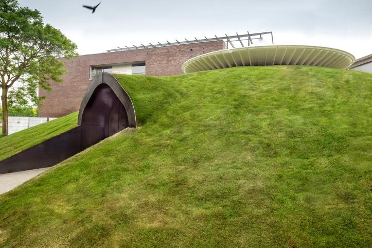 1317_2_Het Nieuwe Paviljoen - Yourtopia_exterior_underground_grass_green roof